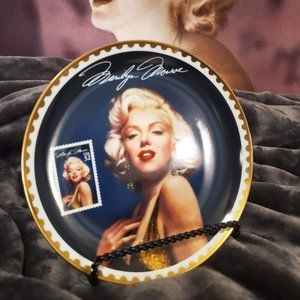 """Sultry Yet Regal""  Collector Plate"